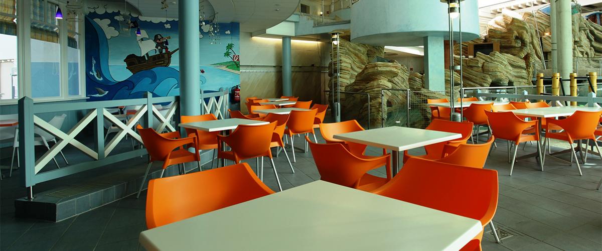 Sitzgelegenheiten in der Gastronomie im Innenbereich